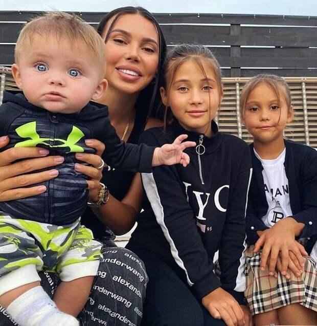 Оксана Самойлова рассказала о своем детстве