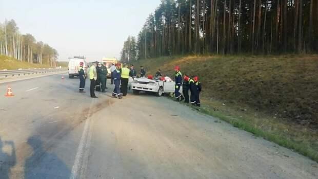 Ехали с дачи: семья из четырех человек погибла в ДТП в Екатеринбурге