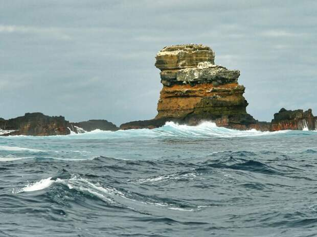 На Галапагосских островах обрушилась Арка Дарвина