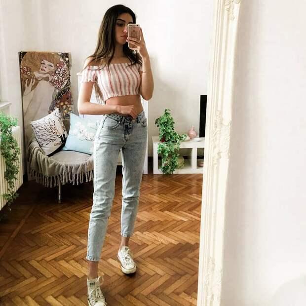 С чем носить джинсы летом фото 7