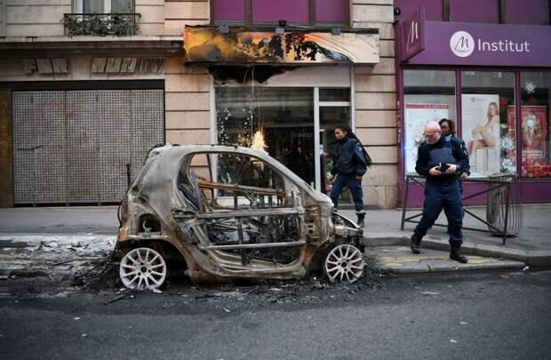 Опрос: 90% россиян оправдывают вандализм и мечтают о беспорядках?