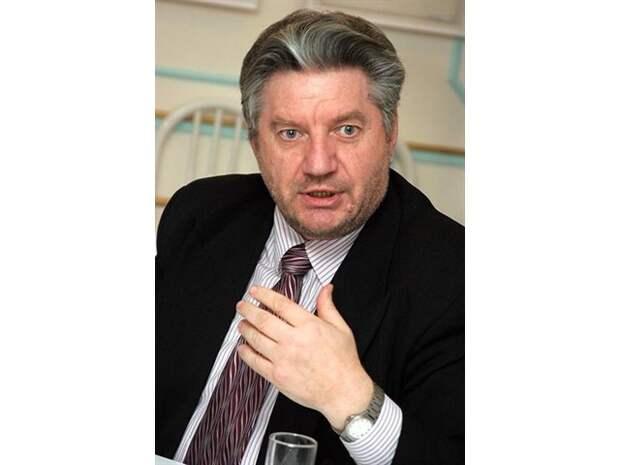 «Третьей революции Россия не переживет, но власть ведёт к ней страну»