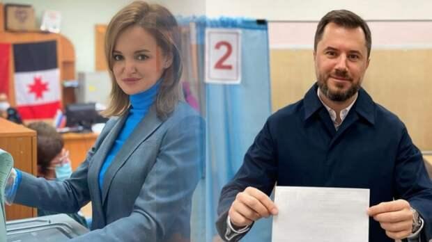 Вице-премьеры Удмуртии Константин Сунцов и Эльвира Пинчук голосовали без масок