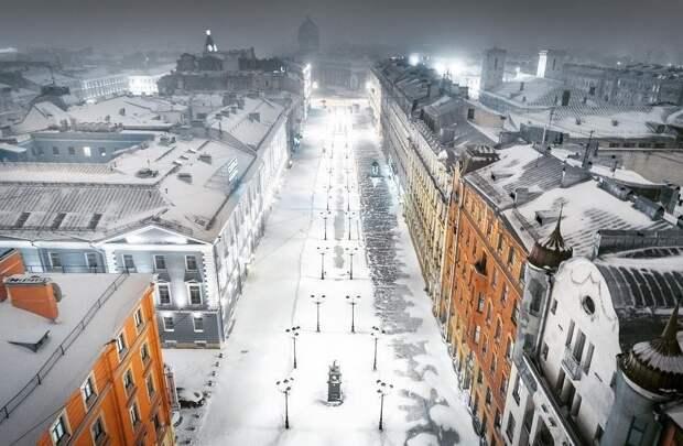 Ещё лето не закончилось, а Петербург приготовил сани. Жилфонд готов к зиме на 70%