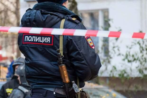 В Екатеринбурге мужчина напал с ножом на прохожих. Трое человек погибли