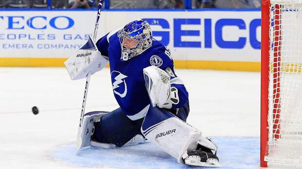 Василевский побил рекорд «Тампы» по сэйвам за матч плей-офф НХЛ, принадлежавший Хабибулину