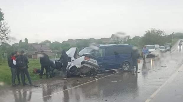 15-летний подросток за рулем Жигулей разбился насмерть под Симферополем