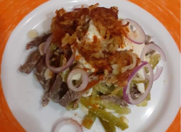 Сестра мужа назвала этот салат: «Салат для бедных», а сама накладывала его себе раза три. Рецепт