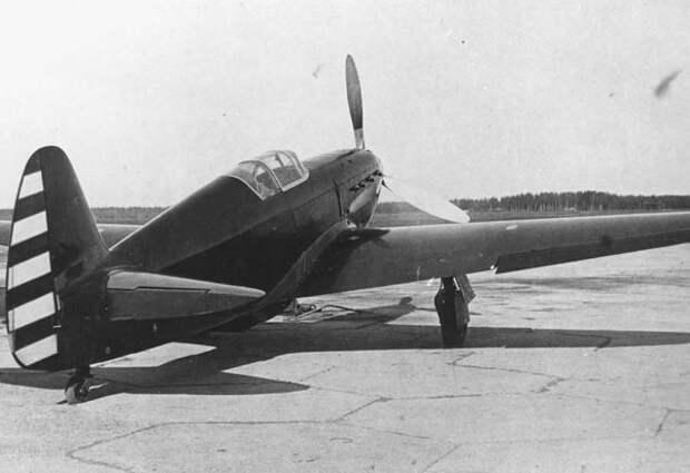 Один из лучших истребителей ВВС РККА — самолет Як-1