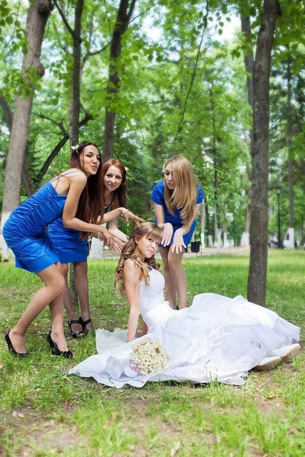 Счастливые и веселые девушки для поднятия настроения на весь день