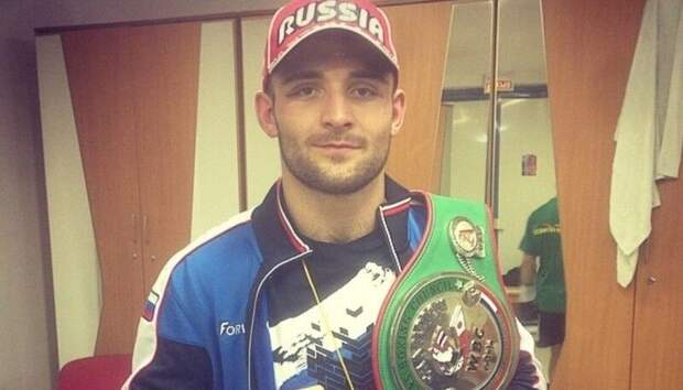 Российский боксер Курбанов завоевал титул интернационального чемпиона WBO