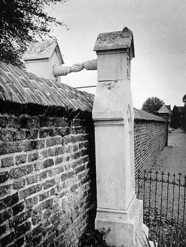 4. Жена-католичка и муж-протестант остаются вместе даже после смерти