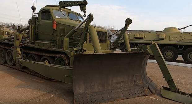 Советский апокалиптический бульдозер БАТ