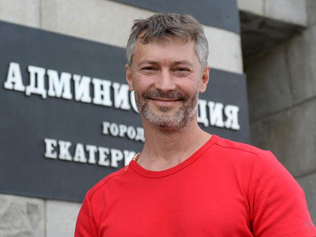 Бывшего мэра Екатеринбурга Ройзмана арестовали из-за твитов в поддержку Навального