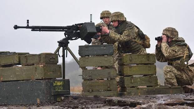 Американский адмирал предсказал шаги НАТО в случае военного столкновения Москвы и Киева