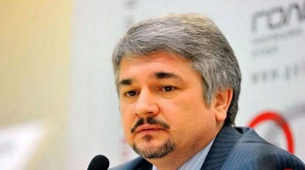 Ростислав Ищенко: Ситуация в Киеве такая же, как накануне бегства Януковича. В общем, скучно не будет