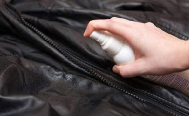 Как разгладить заломы на кожанке в домашних условиях: советы от опытных хозяек