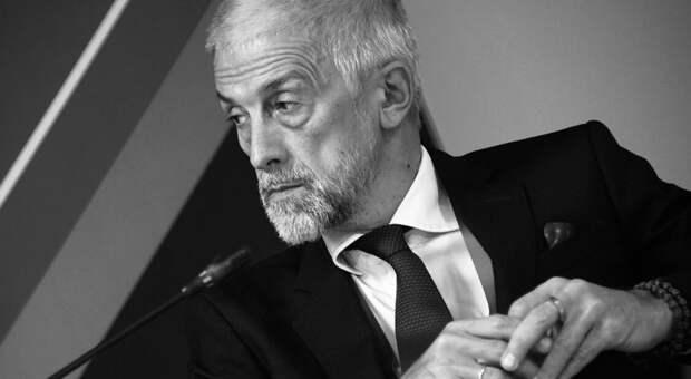 Эдуард Бояков превращает МХТ в «модную» площадку, забывая о традициях