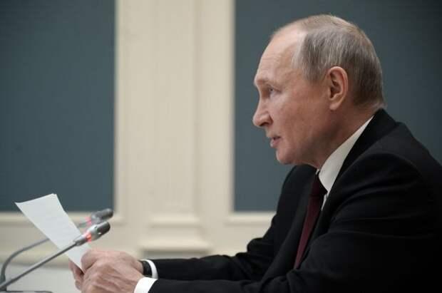 Путин назвал оправданным решение о длинных майских выходных