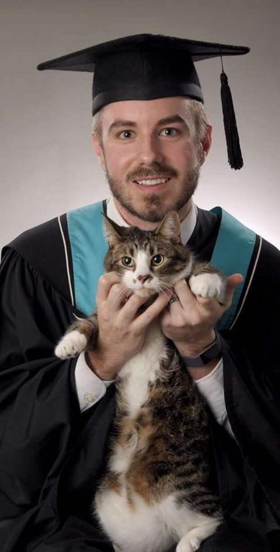 парень с котом