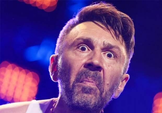 Шнуров стал посмешищем в Сети после вступления в «Партию роста» шнуров