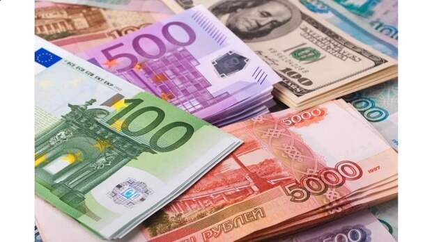 Еврокомиссия и Минфин РФ обсудили перевод расчетов на рубли и евро