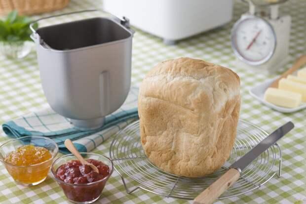 Как сделать нежный и хрустящий хлеб в хлебопечке. Рецепт