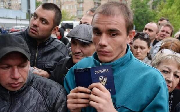 Экс-нардеп Олейник назвал Украину главным поставщиком заробитчан в Европу