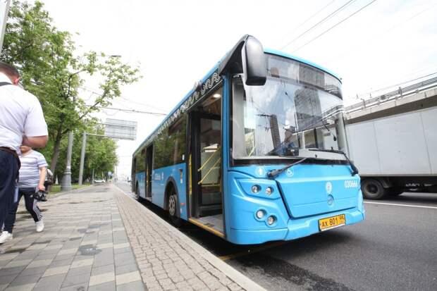 У автобуса, курсирующего через Строгино, появилась новая остановка