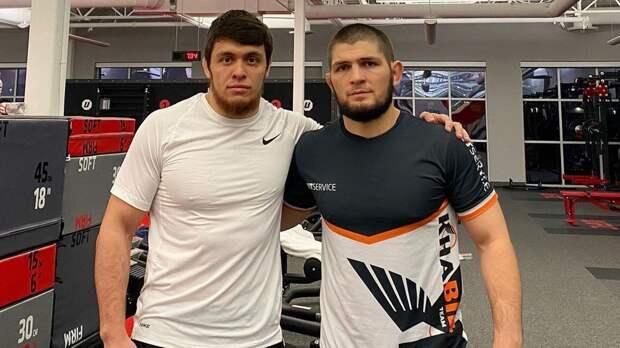 Боец ONE FC Рамазанов отреагировал на слова Чимаева в адрес Хабиба: «Я уверен, что порву и размажу тебя, парнишка»