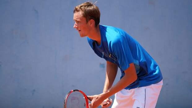 Российский теннисист Медведев поднялся на второе место в рейтинге ATP