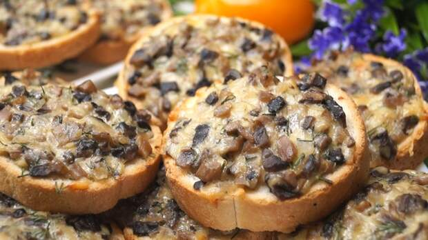 Ленивчики с грибами Горячие бутерброды, Рецепт, Видео рецепт, Видео, Еда, Бутерброд, Кулинария