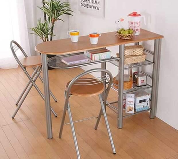 удобный высокий кухонный стол на металлическом каркасе