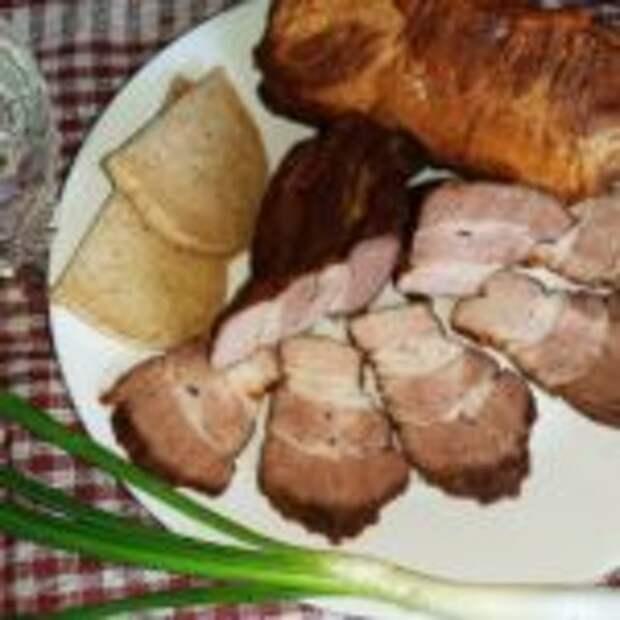 Свиная грудинка в тёмном пиве на сковороде