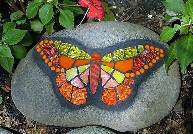 Необычное творчество на камнях.