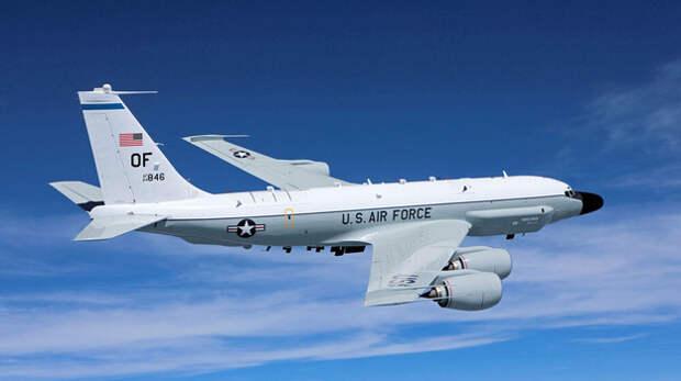 Сразу три самолёта-разведчика США шпионят у берегов Крыма