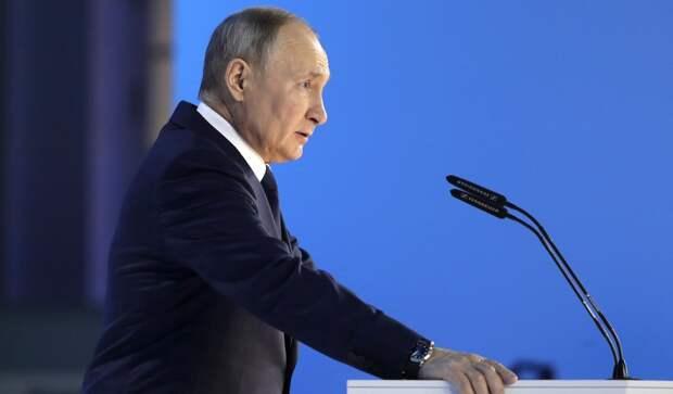Это все придумал Обама в 2014 году: Путин обвинил Вашингтон в государственном перевороте на Украине