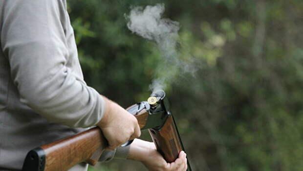 В Волгоградской области охотник случайно выстрелил в себя и товарища