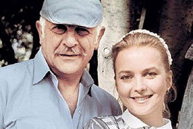 Умер заразившийся коронавирусом муж звезды фильма «Москва слезам не верит»