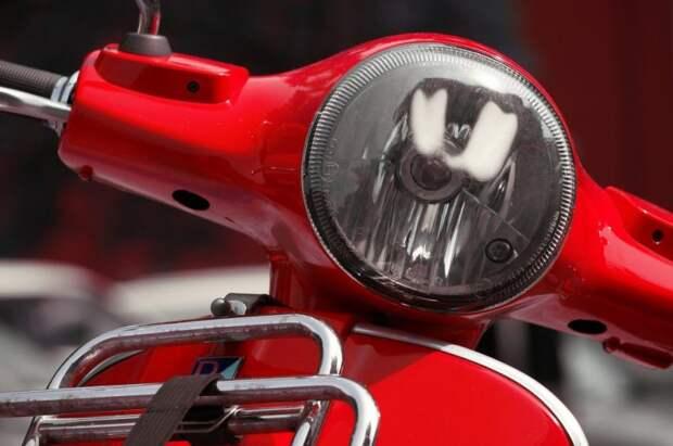 Мотоциклист спровоцировал аварию на Ленинградке