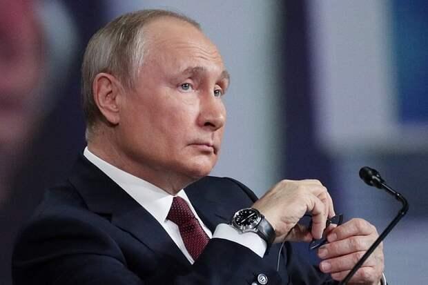Путин призвал расширить вакцинацию россиян