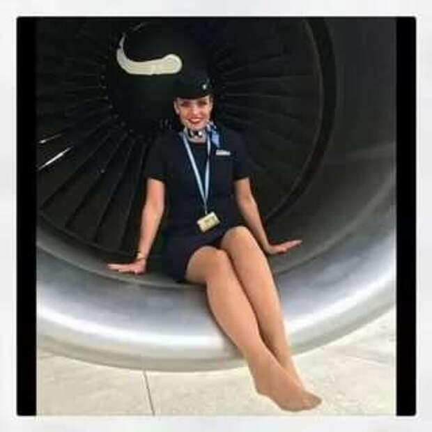 Ножки стюардесс. Подборка chert-poberi-styuardessy-chert-poberi-styuardessy-57310504012021-4 картинка chert-poberi-styuardessy-57310504012021-4