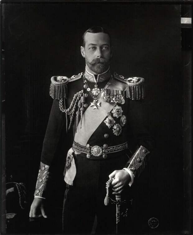 Фото взято с Яндекс картинки. Георг V король Англии.