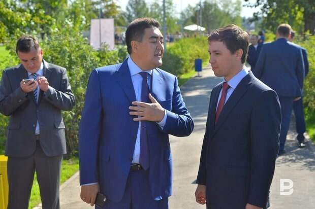 Премьер-министр Татарстана представил и.о. ректора КНИТУ-КАИ коллективу