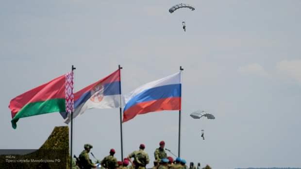 Сближение России и Белоруссии в военном плане вселяет страх в страны НАТО
