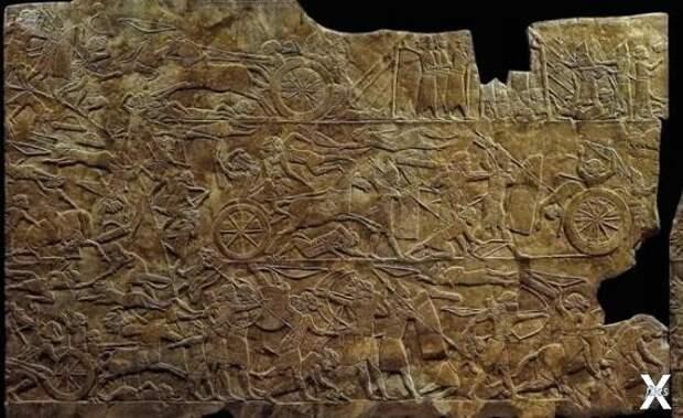 Ассирийское настенное панно с изображ...