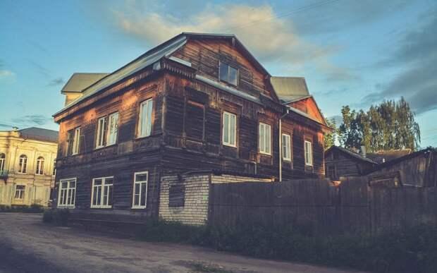 Фотопрогулка Кирилла Моисеева по Вышнему Волочку… или Тверской Венеции