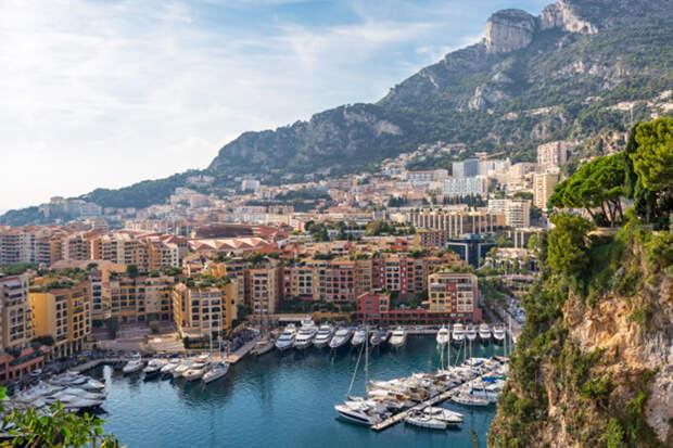Эксперты назвали страны с самой дорогой в мире недвижимостью