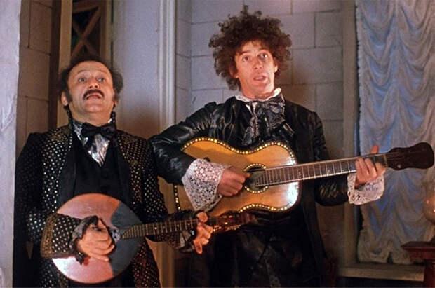 Семен Фарада и Александр Абдулов в фильме «Формула любви», 1984 г.