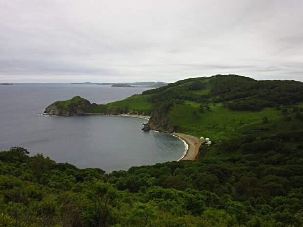 Два острова в Японском море, которые покинули военные, а один из них вообще все люди. Что там сейчас кроме заброшенных посёлков?